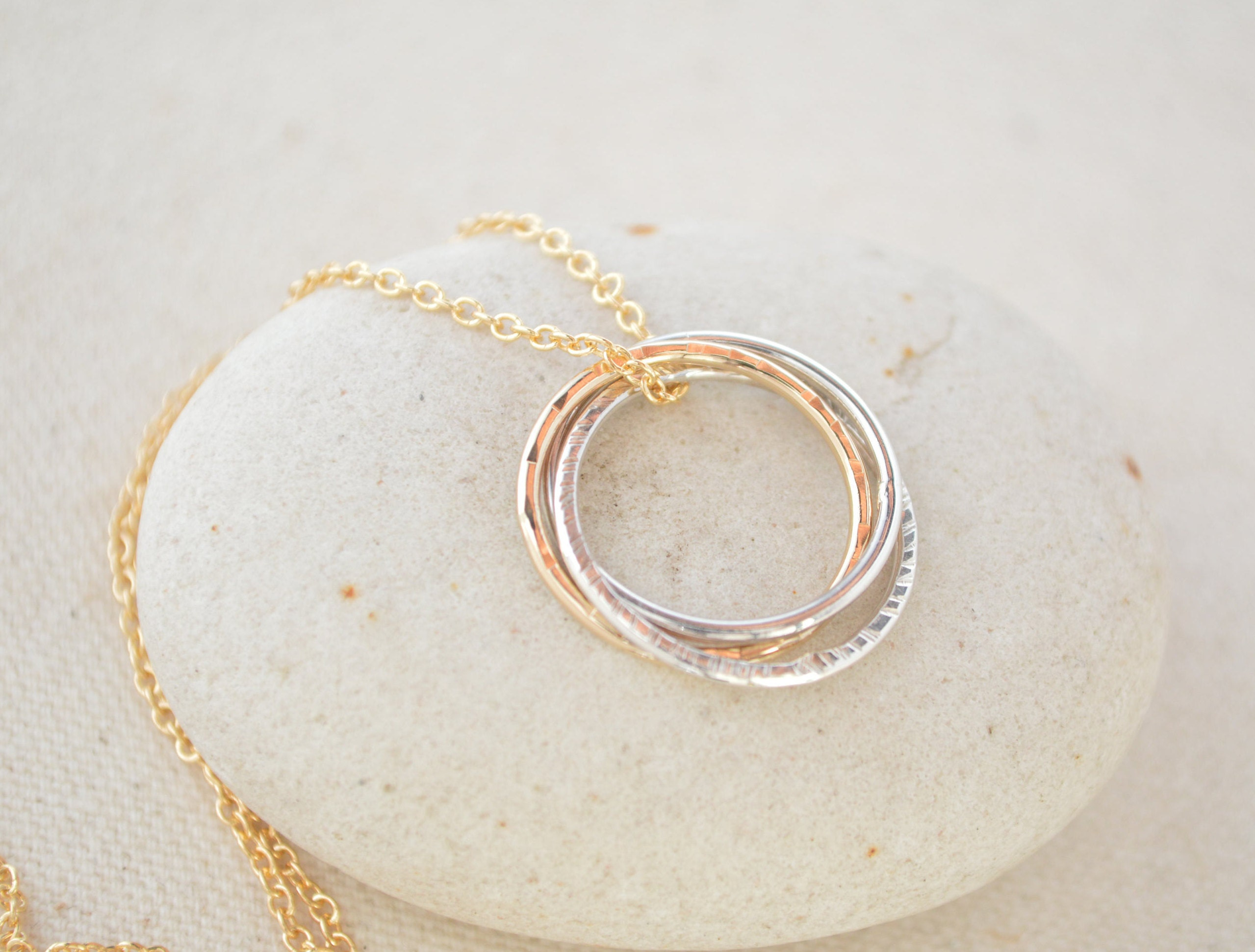 20th Birthday Gift For Her 2nd Anniversary Women Circle Necklace 2 Intertwined Best Friend Sister
