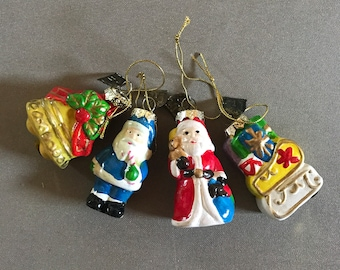 Vintage 4 small ceramic ornaments