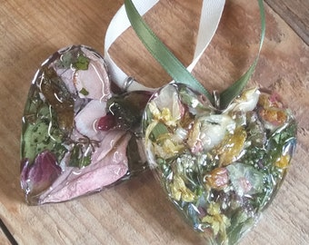 Wedding Memento or Memorial Keepsake Ornament made from your Flower Petals or Pet fur or Cremains - CLEAR TEXTURED HEART