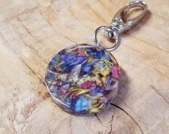 Wedding Memento or Memorial Keepsake made from your Dried Flower Petals or Pet fur - Magnetic GOLF BALL MARKER - Round Clear on Bag Clip