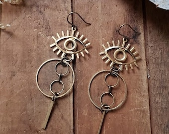idun // brass eye and chain earrings