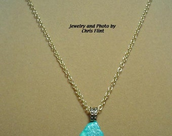 """Beautiful deep blue free-form Turquoise Pendant necklace - 18"""" - N167"""