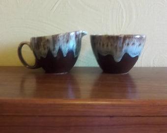Mid Century Modern Brown Green Dripware Cream and Sugar Set - USA  - Ex Condition