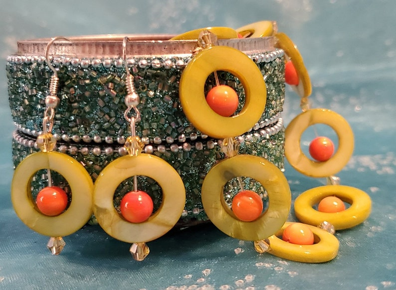 SET: Bracelet made from Donut Style Green Mother of Pearl image 0