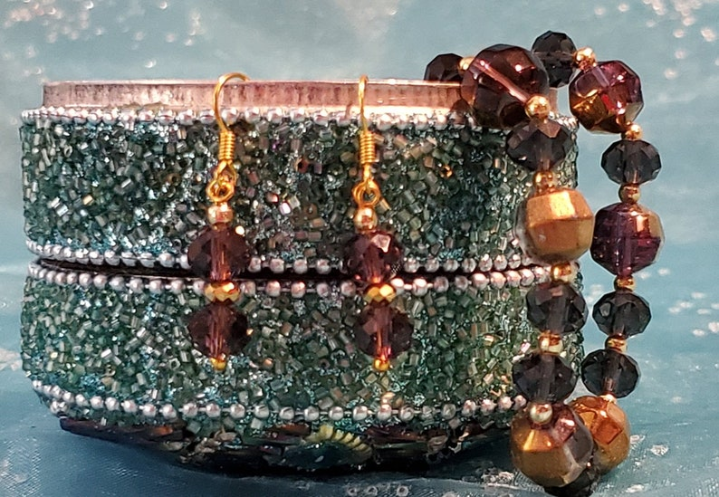 Beautiful Swarovski Crystal Beads Mixed with Gold Seed Beads image 0