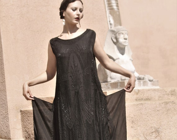 1920s black silk chemise beaded gown with side panels, caftan style size SM