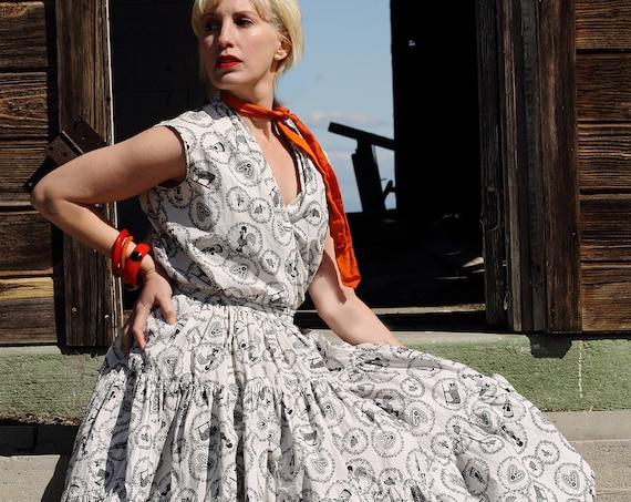 1950s Dutch Novelty print 2 pc skirt and blouse set, white and black. SM - Med