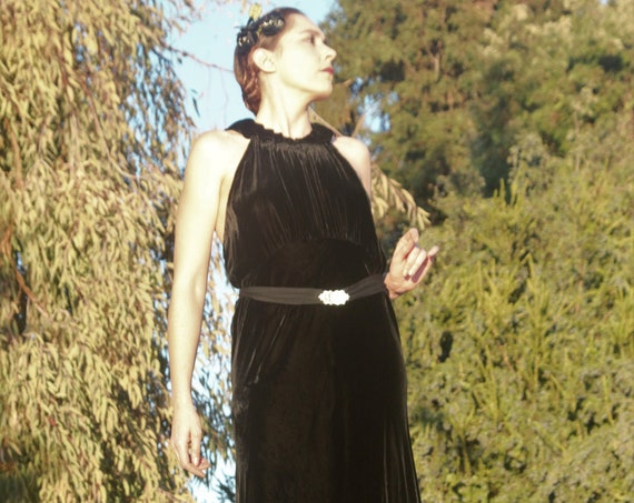 LAYAWAY Fabulous 1930s silk velvet gown with halter neck and rhinestone belt SM -  MED