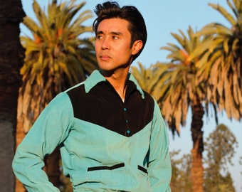 Fantastic 1940s two tone gaucho shirt, turquoise and black, pullover, SM