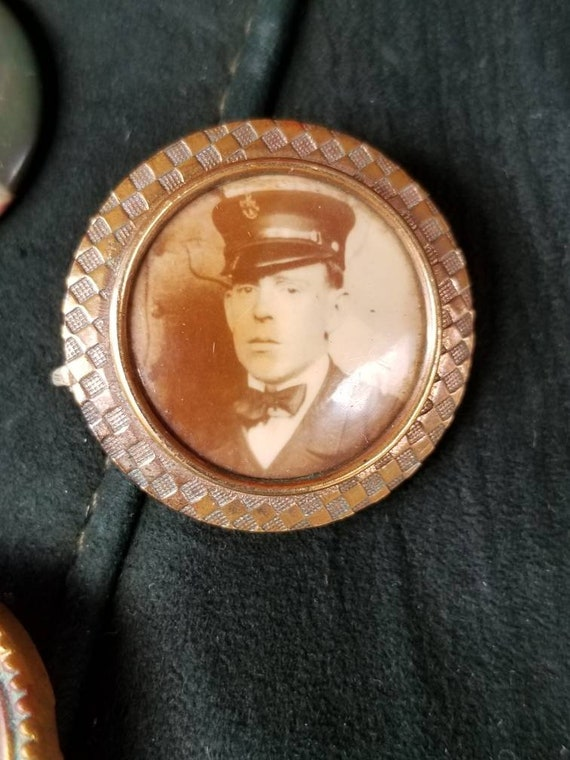 Antique Early 1900's  sweetheart mourning pin brooch with railroad mans photograph.