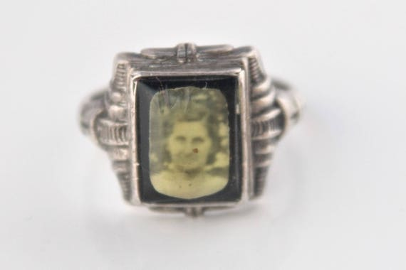 1930s sterling silver sweetheart photo ring, Uncas Manuacturing Co. size 8