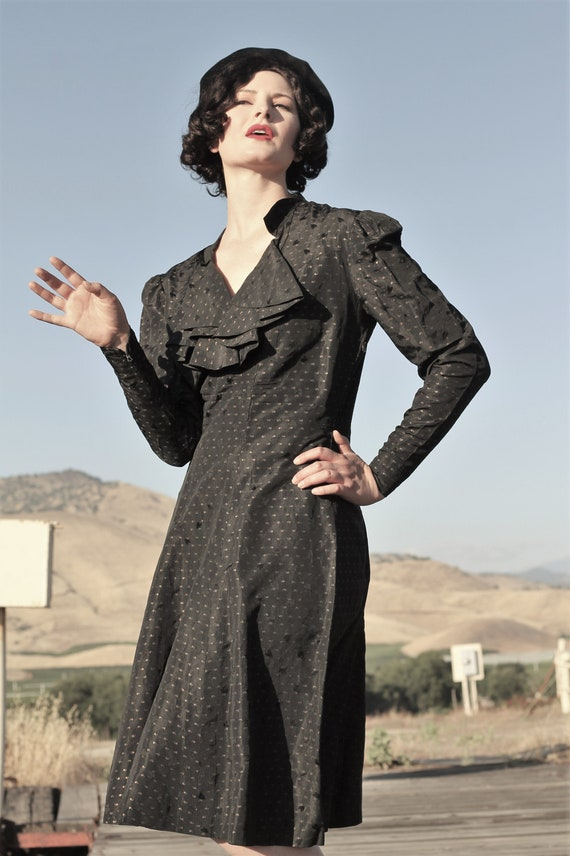 1930s patterned black and gold taffeta dress with