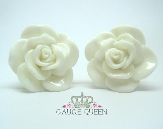 "White Rose Plugs / Gauges. 2g / 6.5mm, 0g / 8mm, 00g / 10mm, 1/2"" / 12mm, 9/16"" / 14mm"