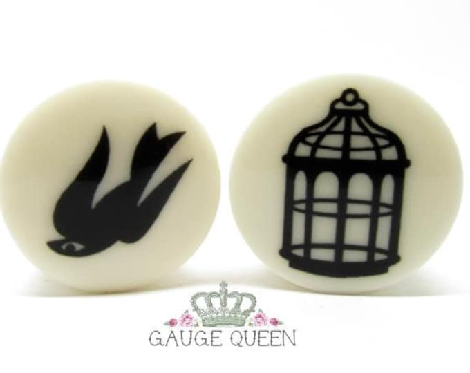 "Bioshock Bird & Cage Plugs / Gauges. 2g / 6.5mm, 0g / 8mm, 00g / 10mm, 1/2"" / 12.5mm, 9/16"" / 14mm, 5/8""/16mm, 3/4""/19mm, 7/8""/22mm, 1""/25mm"