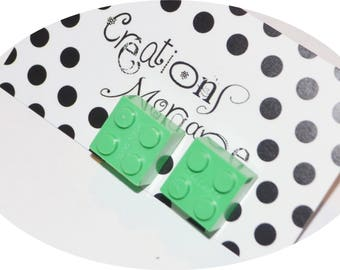 choice of lego studs earrings / choix de boucles d'oreilles lego sur stud