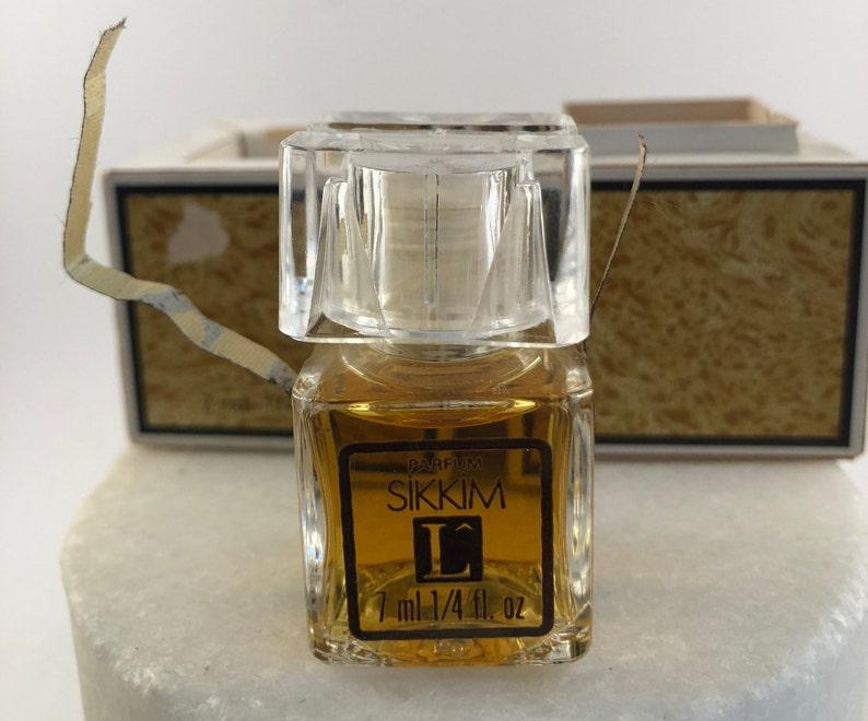 PrésentationExtrêmement Incluse 7 Lancôme Sikkim RareCertification Parfum Eau Boîte Dans D'authenticité De Ml Vintage yNw0vO8nm
