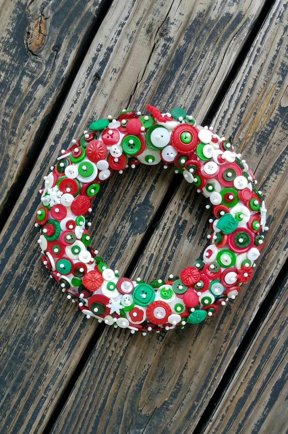 Button Wreath, Holiday Button Wreath, Christmas Button Wreath, Holiday Wreath, Christmas Wreath