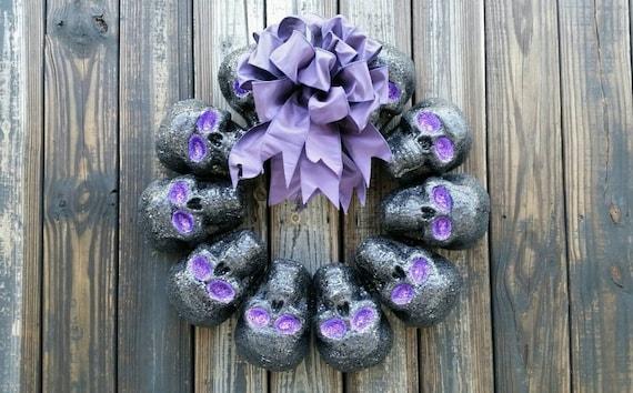 Halloween Wreath, Black Skull Wreath, Black Glittered Skull Wreath, Black and Purple Halloween Wreath, Halloween Skull Wreath