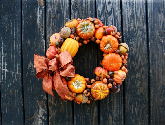 Thanksgiving Wreath, Pumpkin and Acorn Wreath, Fall Wreath, Halloween Wreath, Autumn Wreath, Orange and Gold Pumpkin Wreath