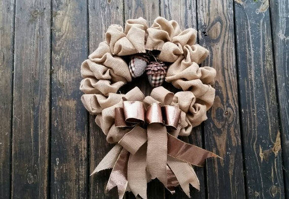 Christmas Wreath, Holiday Wreath, Burlap Wreath, Christmas Burlap Wreath with Acorns