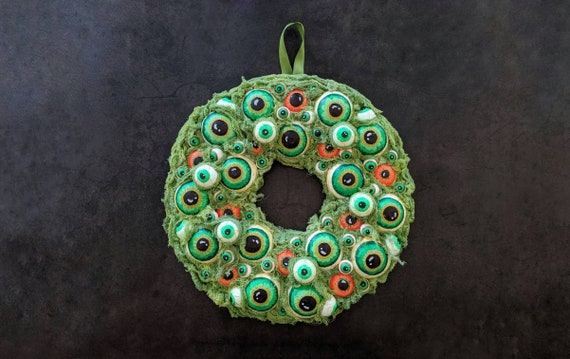 Halloween Wreath, Eyeball Wreath, Eyeball Halloween Wreath, Eyeball Decor, Halloween Decor