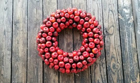 Apple Wreath, Red Apple Wreath, Christmas Wreath, Holiday Wreath, Fall Wreath, Autumn Wreath