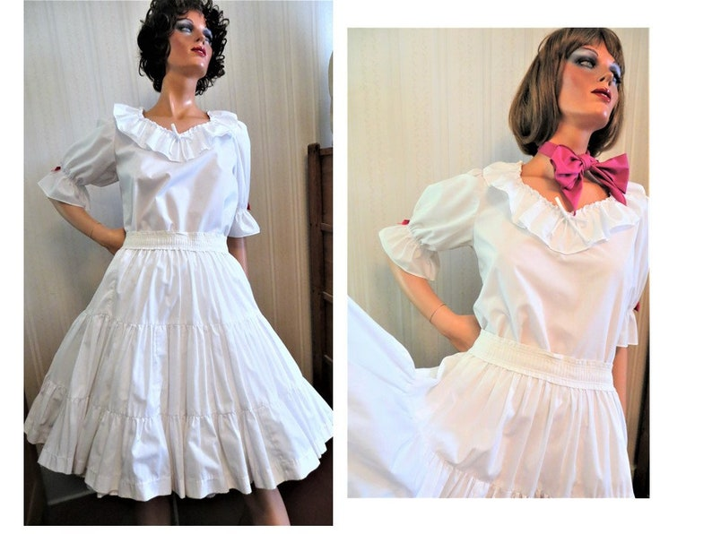 a284c1c387ee White Ruffled Skirt Blouse Vintage White and Pink Full Square | Etsy