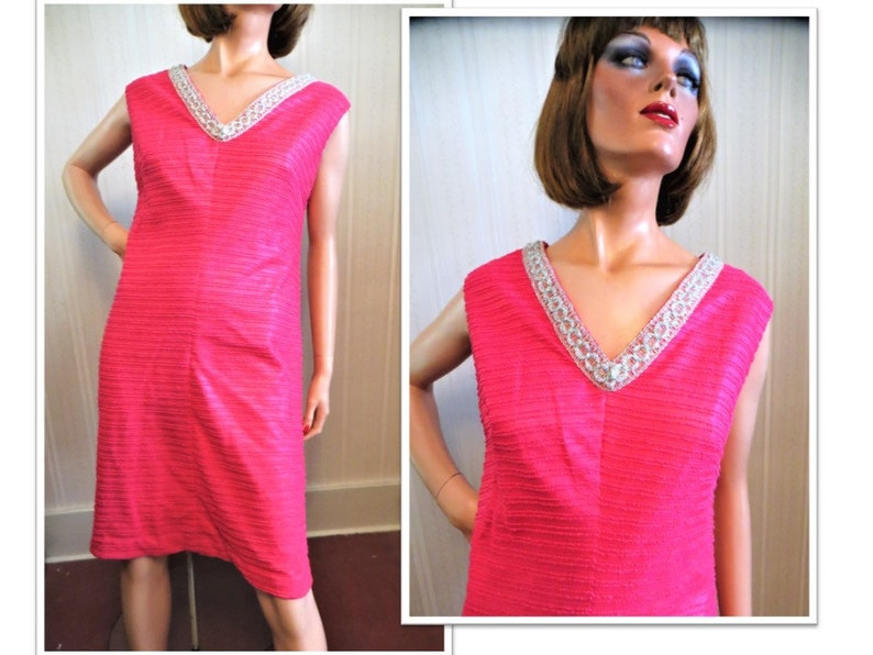 a72f08c13247 Sleeveless Mod Dress Vintage 60s 70s Hot Pink Fuchsia A Line