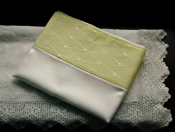 Mulberry silk pillowcase with lemon broderie anglaise trim.(pair)