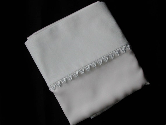 Silk and cotton pillowcase with lace trim (pair)