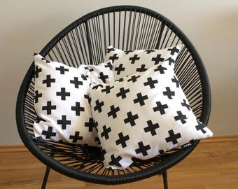 Decorative pillow cover, pillowcase, cushion cover, B&W, black and white, crosses, plusses
