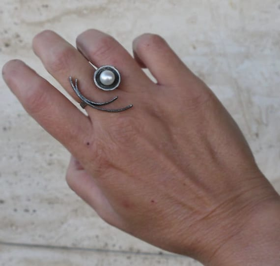 oxidized silver Sterling silver ring Pearl ring silver ring with pearl adjustable ring statement ring Black ring