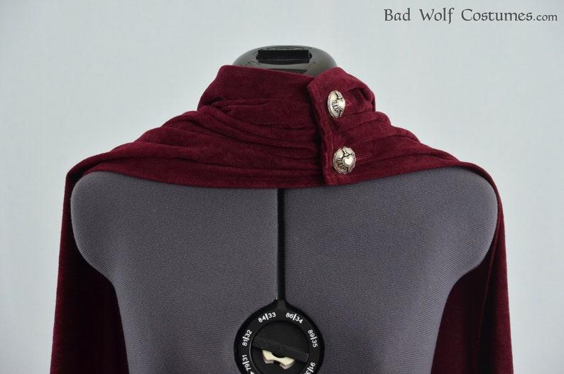 Versatile Fantasy Cape Color & button options Sword 1pgpmUWe