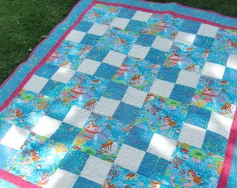 Mermaid Baby Girl Quilt, Patchwork Blanket, Sea Creatures, Shower Gift, Nursery Decor, Crib Bedding, Beach Play Mat, Turquoise Pink White
