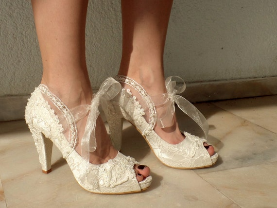 ccfa8dcac1959e Lace Wedding Shoes for Bride Embellished Ivory Bridal Shoes
