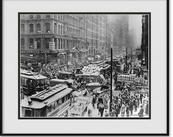 Vintage Chicago Art Phography - Black and White - Downtown Traffic Jam