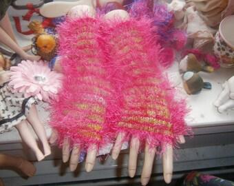 Striped fingerless mitts
