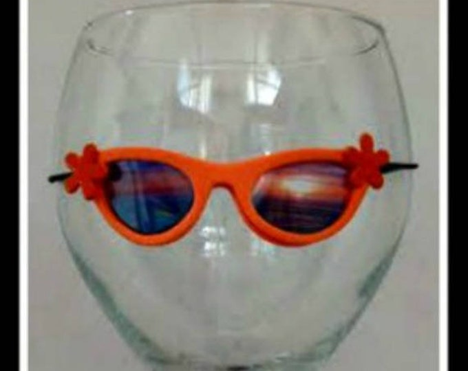 Orange Sunglasses for Wine Glasses Funny Wine Charms Cute Wine Charm sunset tropical scene bridesmaid gift for her bridal shower party favor