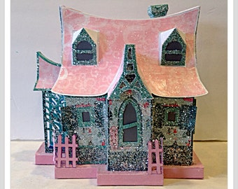 Large Glitter House,House Gift Box, Centerpiece, Christmas Village,Santa's House,Christmas Decor,Collectible House,Christmas light,Putz gift