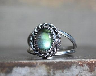 Labradorite Ring, Labradorite, Double Band, Sterling Silver, Rope Bezel Ring, Gemstone Ring, Open Silver Ring, Labradorite Gemstone, Silver