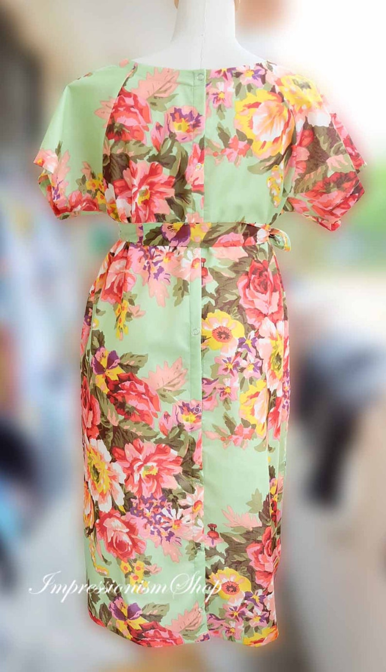 Shoulder Snaps Breastfeeding Maternity Delivery Gown Light Green Floral Maternity gown Skin to Skin Snaps down back Maternity Hospital Gown