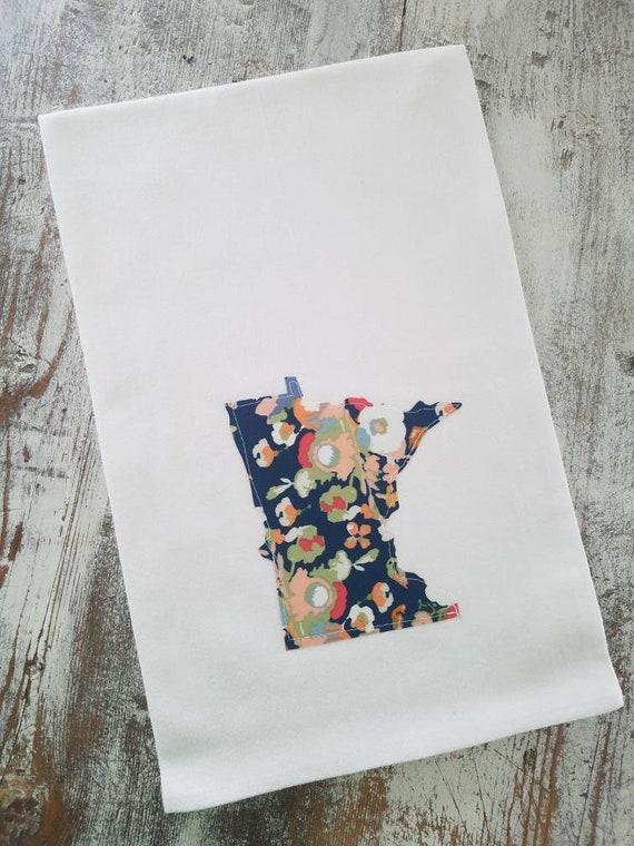 State Flour Sack Towel | Minnesota Dish Towel | Minnesota Flour Sack Towel | Housewarming Gift | State Pride Dish Towel | Gift Set | Floral