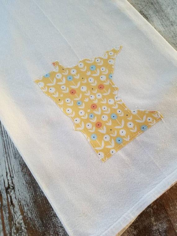 State Flour Sack Towel | Minnesota Dish Towel | Minnesota Flour Sack Towel | Housewarming Gift | State Pride Dish Towel |
