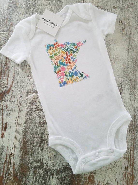 Minnesota Bodysuit   State Bodysuit   Minnesota Baby   Made in Minnesota   Baby Girl Bodysuit   Minnesota Love   Toddler Shirt   Child Shirt