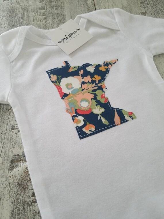 Minnesota Bodysuit | State Bodysuit | Minnesota Baby | Made in Minnesota | Baby Girl Bodysuit | Minnesota Love |