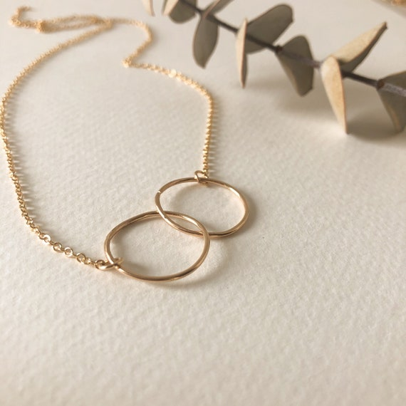 Janelle - decilate infinity necklace