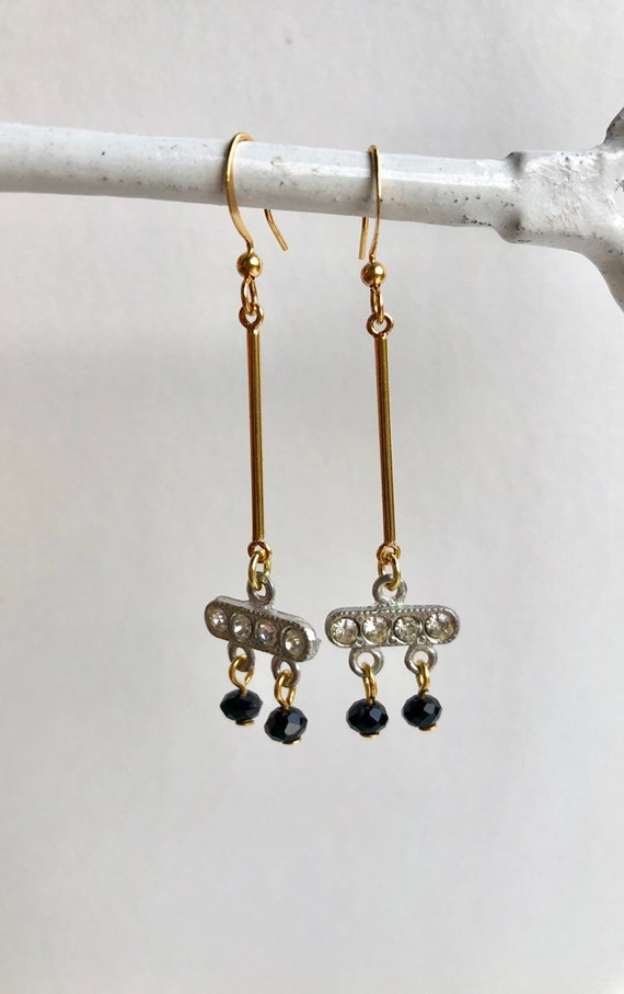 Valerie - delicate drop earrings with vintage components and czech glass.