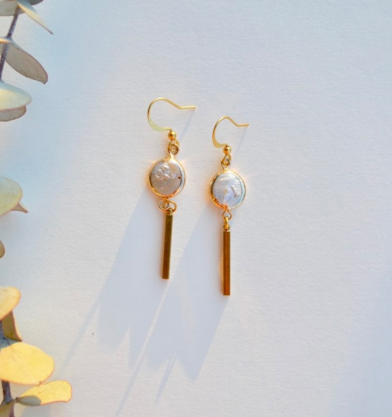 Jessica - gold plated white pearl dangle dainty earring