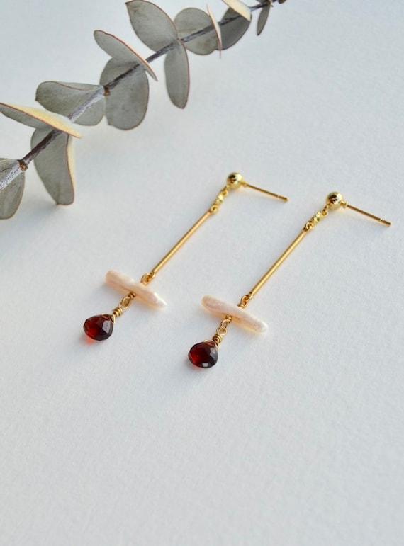 Isolde - delicate earring - freshwater pearl garnet, everyday elegant boho gift