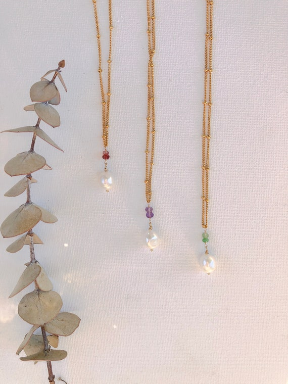 Bridgette - freshwater pearl on a stainless steel chain